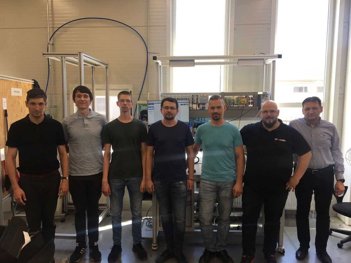 IncQuery Labs visits Airmatic HQ after successful project