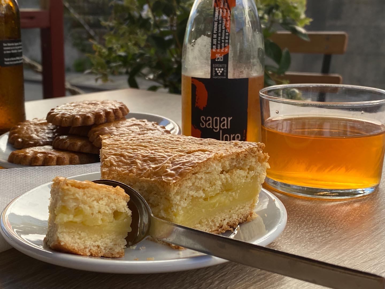 Basque Arraya Cake Slice