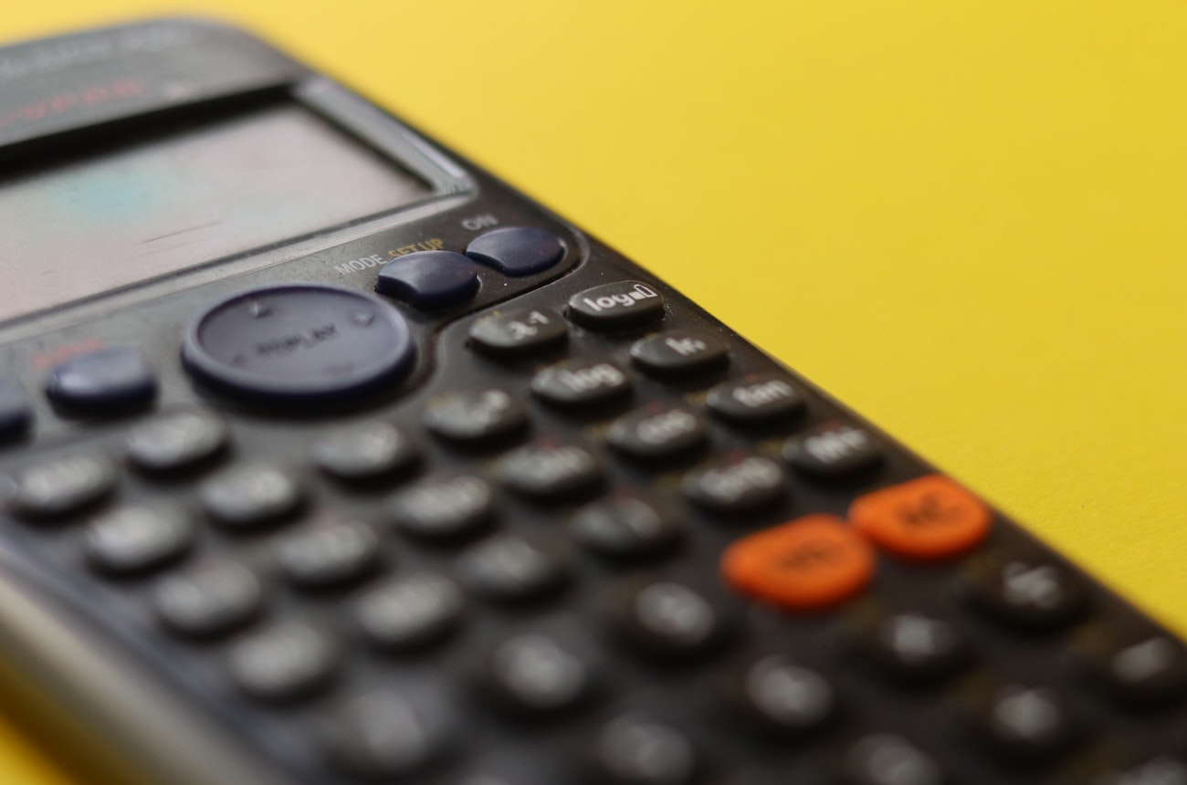 Debtor days calculator: Learn how to calculate and reduce your debtor days