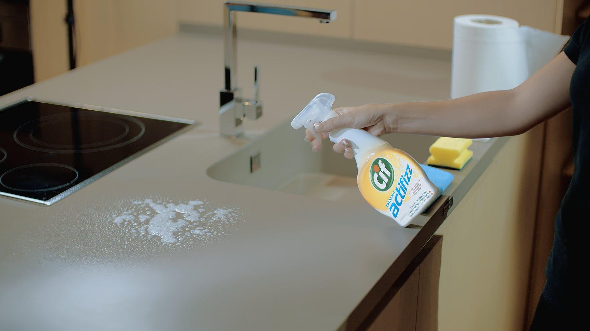 Remove Limescale Stain from Dekton Worktops