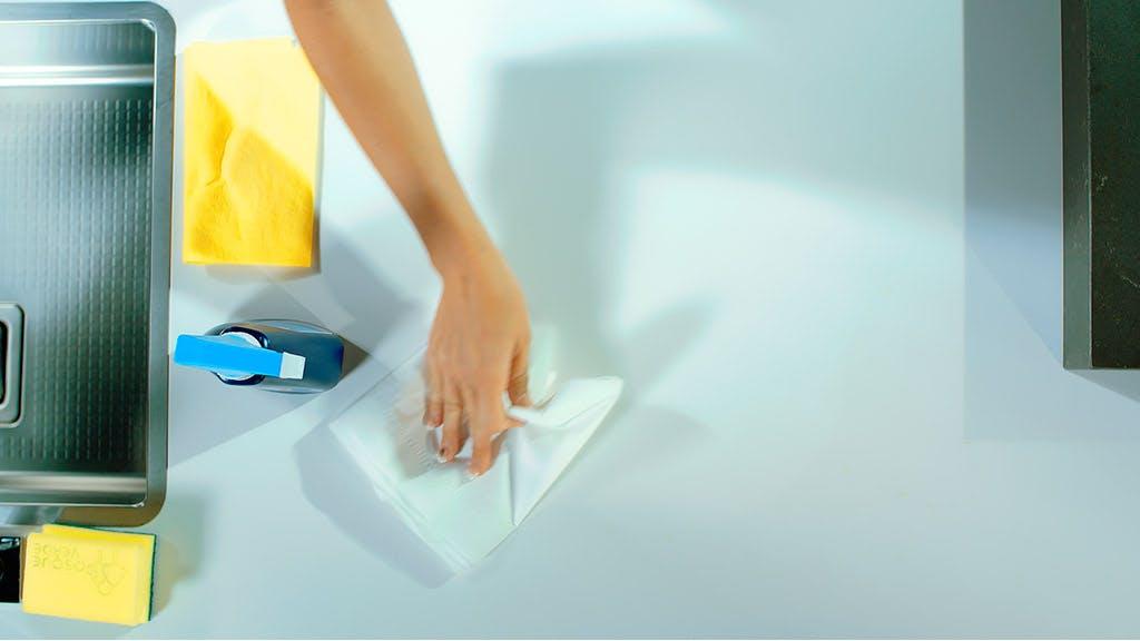 Remove Oil Stain from Dekton Worktops