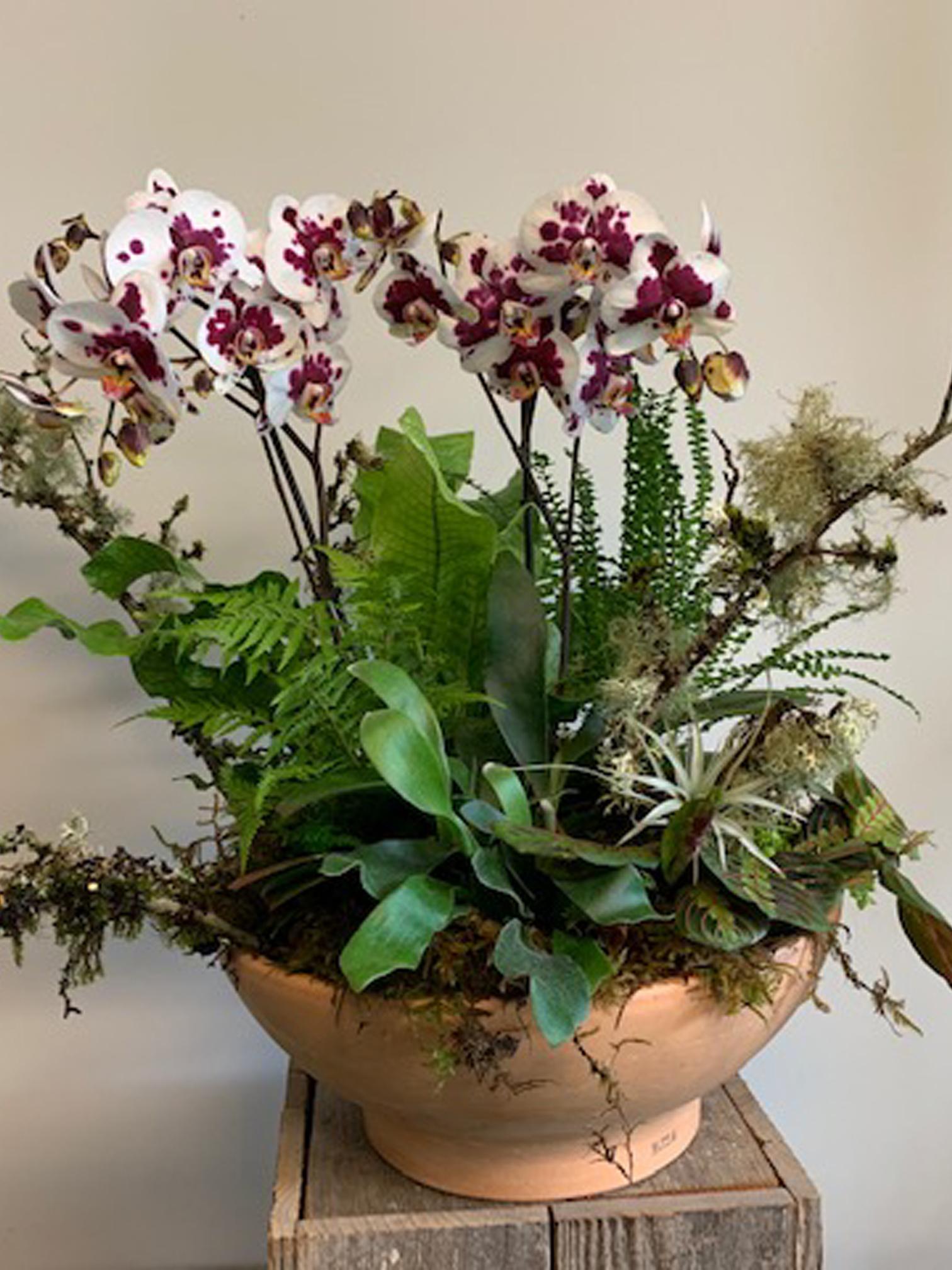 Corporate floral design in Oregon