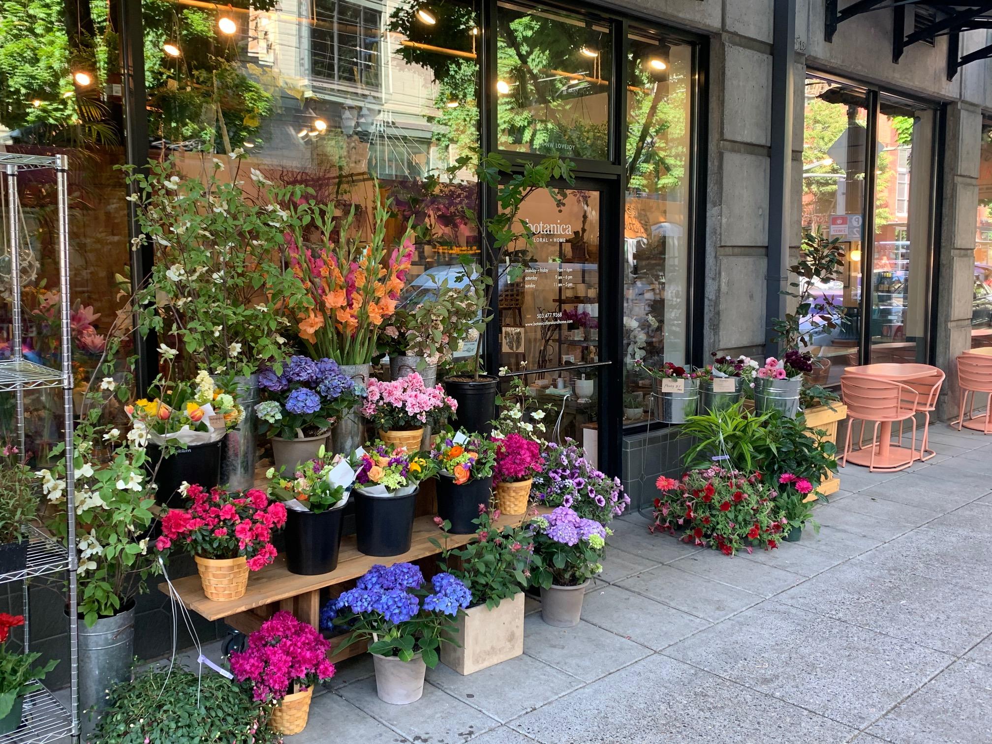 Botanica Floral Design - Wedding Floral Design in Oregon