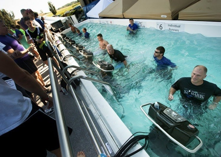 งานแข่งวิ่งสุดแปลก Hydroworx Underwater Marathon วิ่งในลู่ใต้น้ำ - วิ่งไหนกัน  ปั่นไหนดี