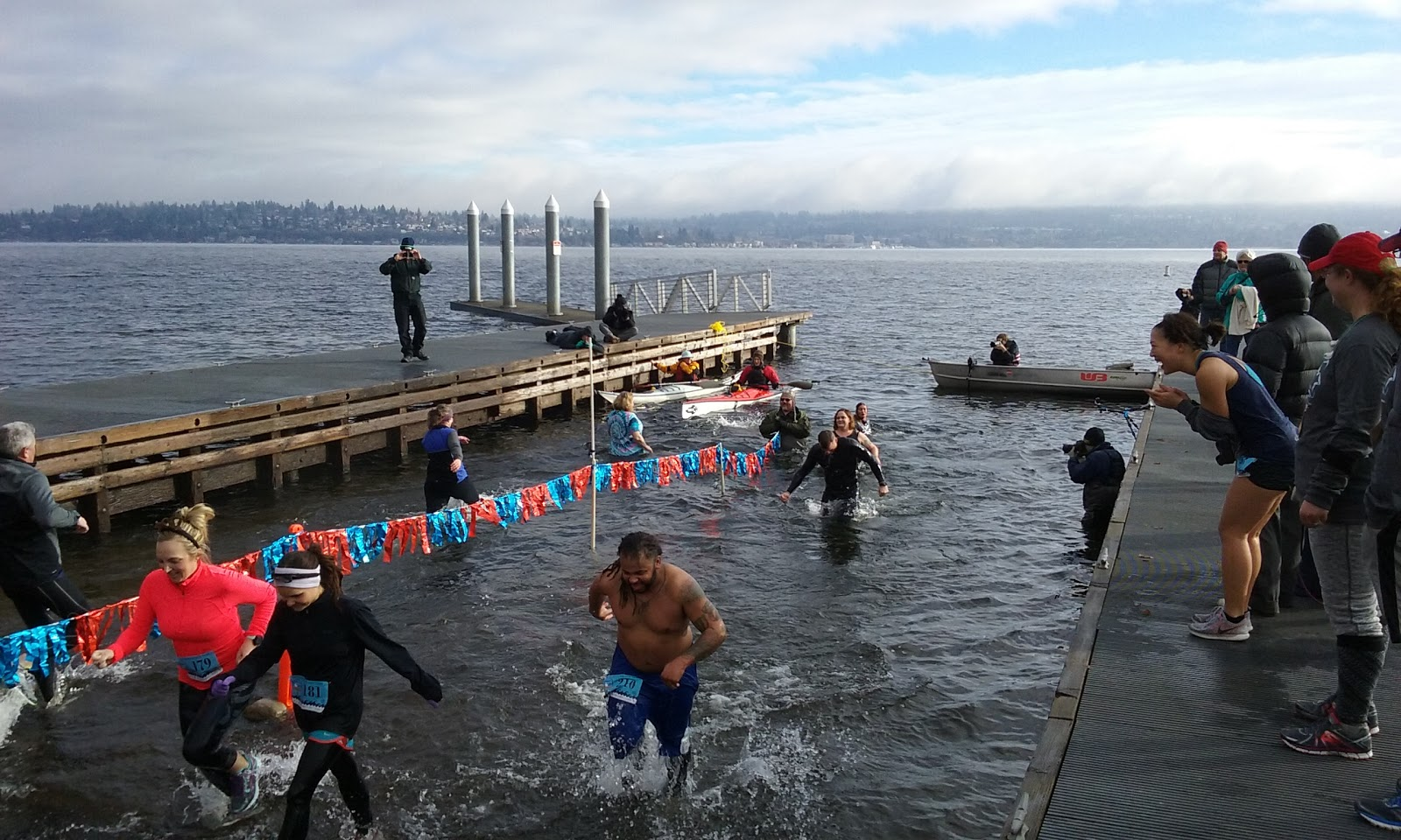 2017 Resolution Run 5K & Polar Bear Dive: Happy to run dry and watch others  take the plunge | Monte's running commentary