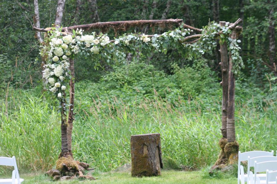 eucalyptus_garland_full view_botanica_floral_design