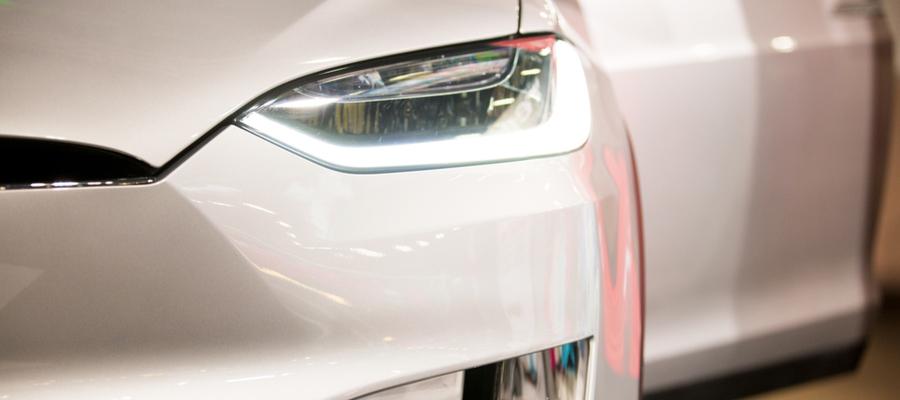 Hva koster Tesla service