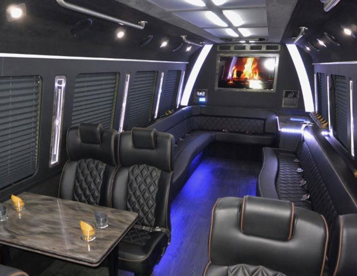 24 Passenger Luxury Limo Bus