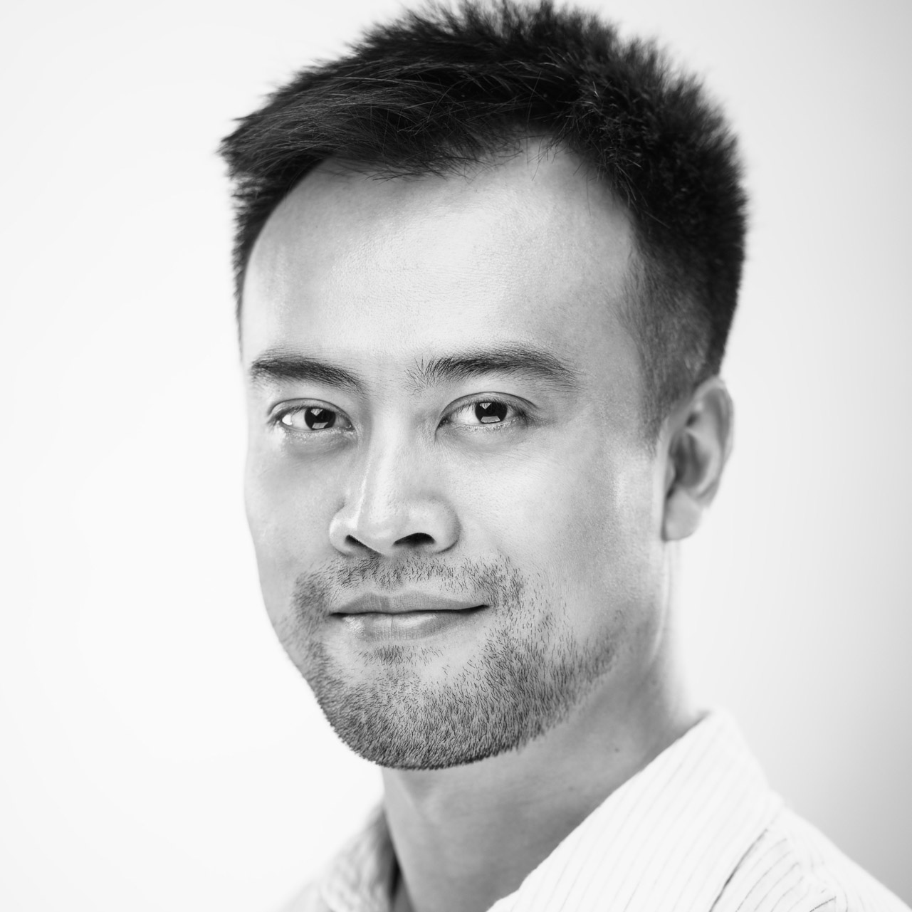 As program director at HAX, Ji Ke is responsible for driving the content and delivery of the HAX Seed accelerator program in Shenzhen. He oversees all elements of recruitment, application review and due diligence, curriculum development, mentorship development and program execution. He also provides ongoing mentorship and support for teams in-program and HAX alumni.