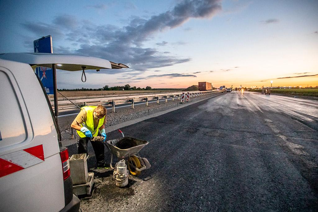 Überwachung von Straßen und Flugbetriebsflächen