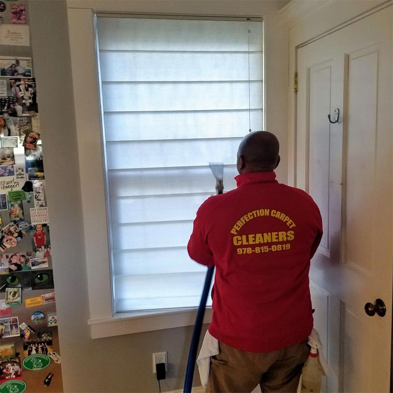Blind cleaning in Lynnfield, MA