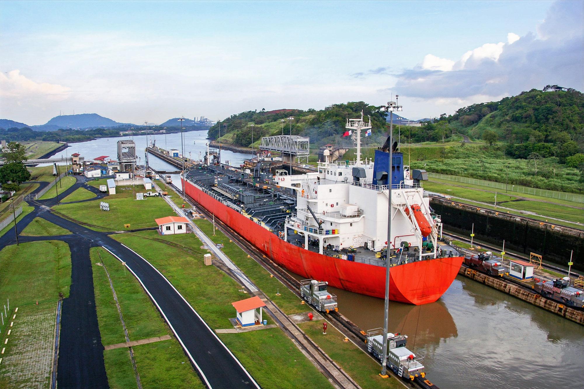 Ship leaving the Miraflores Lock in direction of the Gatun Lake