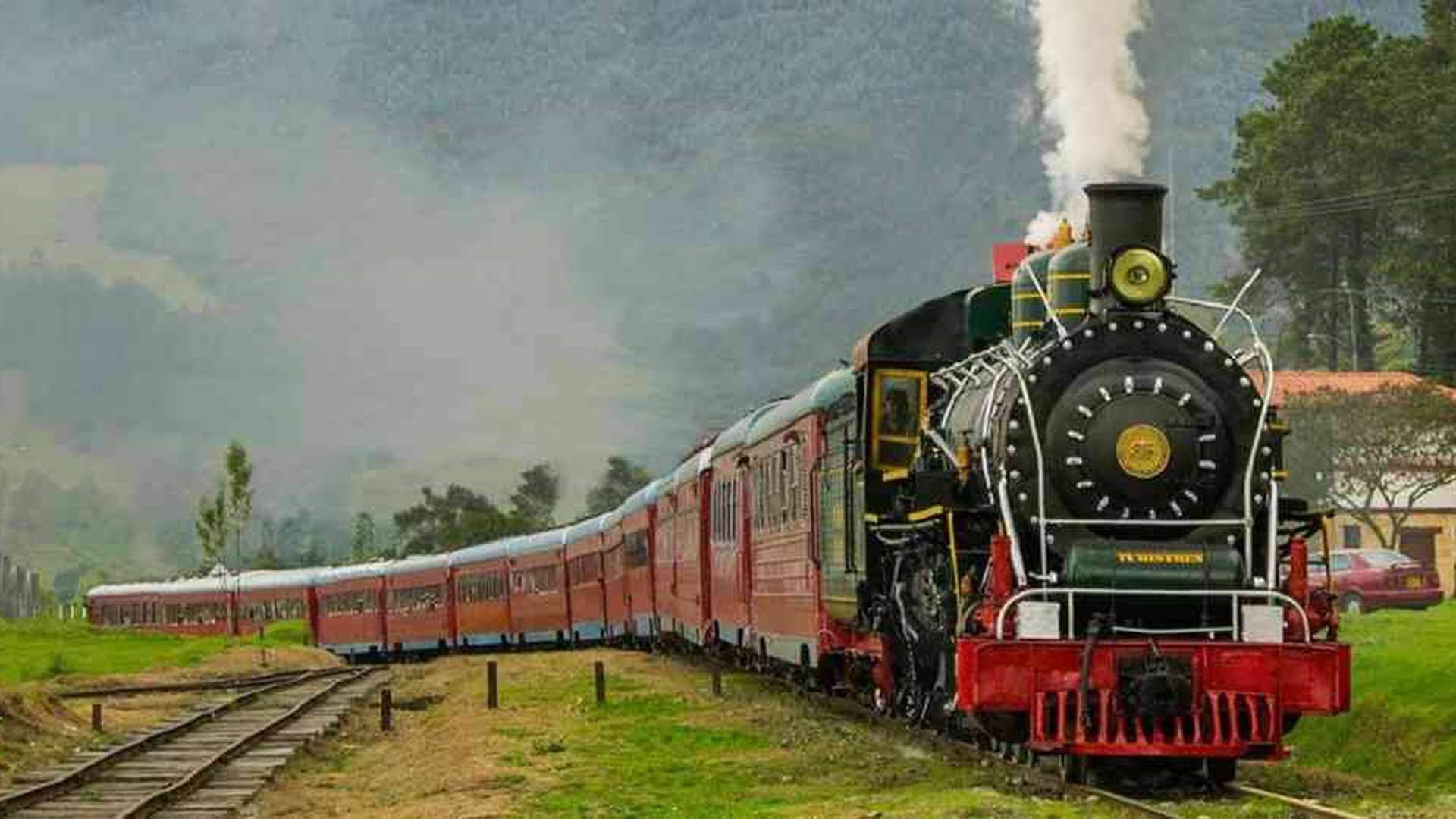 Tren de la Sabana before reaching Zipaquira