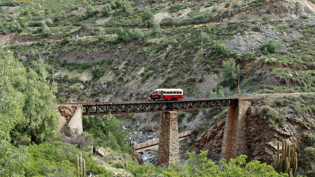 Gondola Carril Train between Los Andes and RioBlanco, Chile