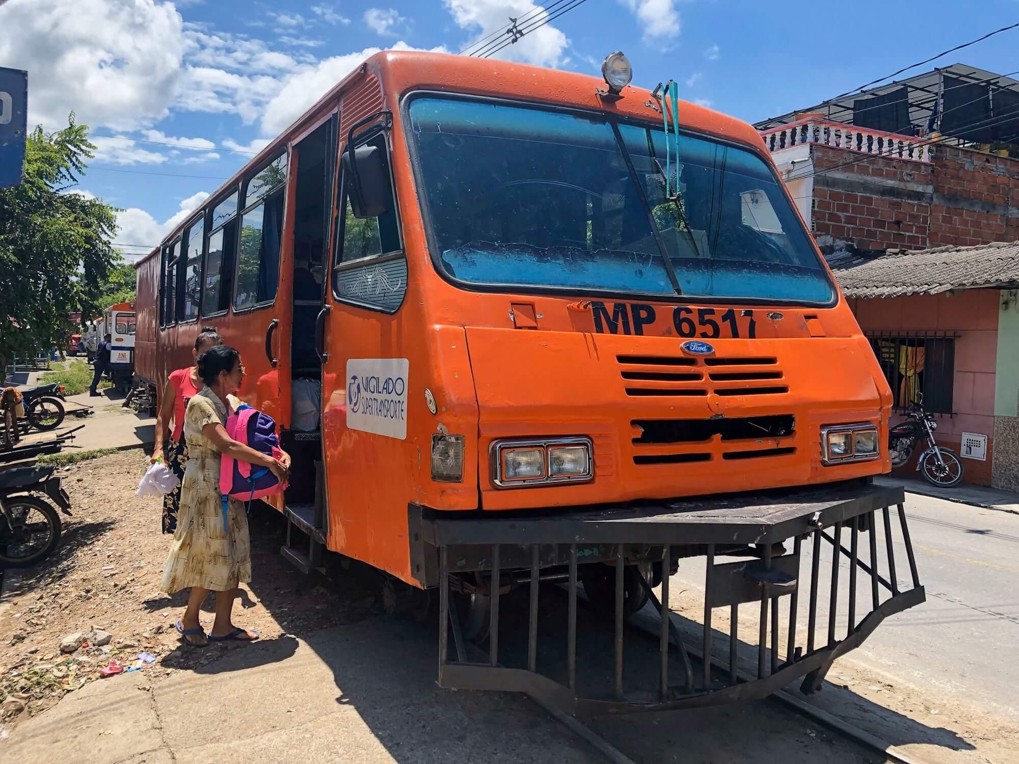 FerroBus Puerto Berrio-Barrancabermeja