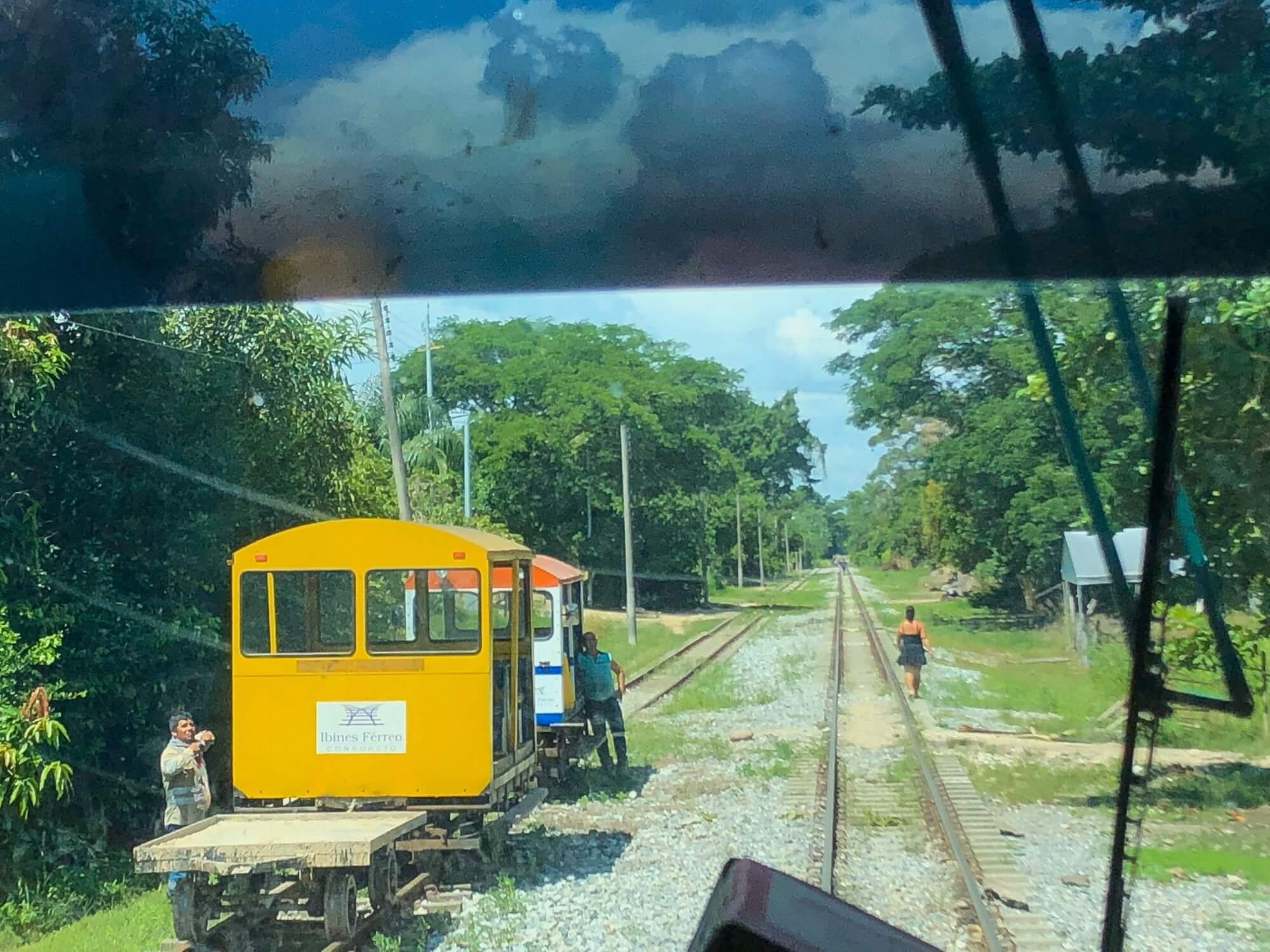 Ferrobus near Barrancabermeja