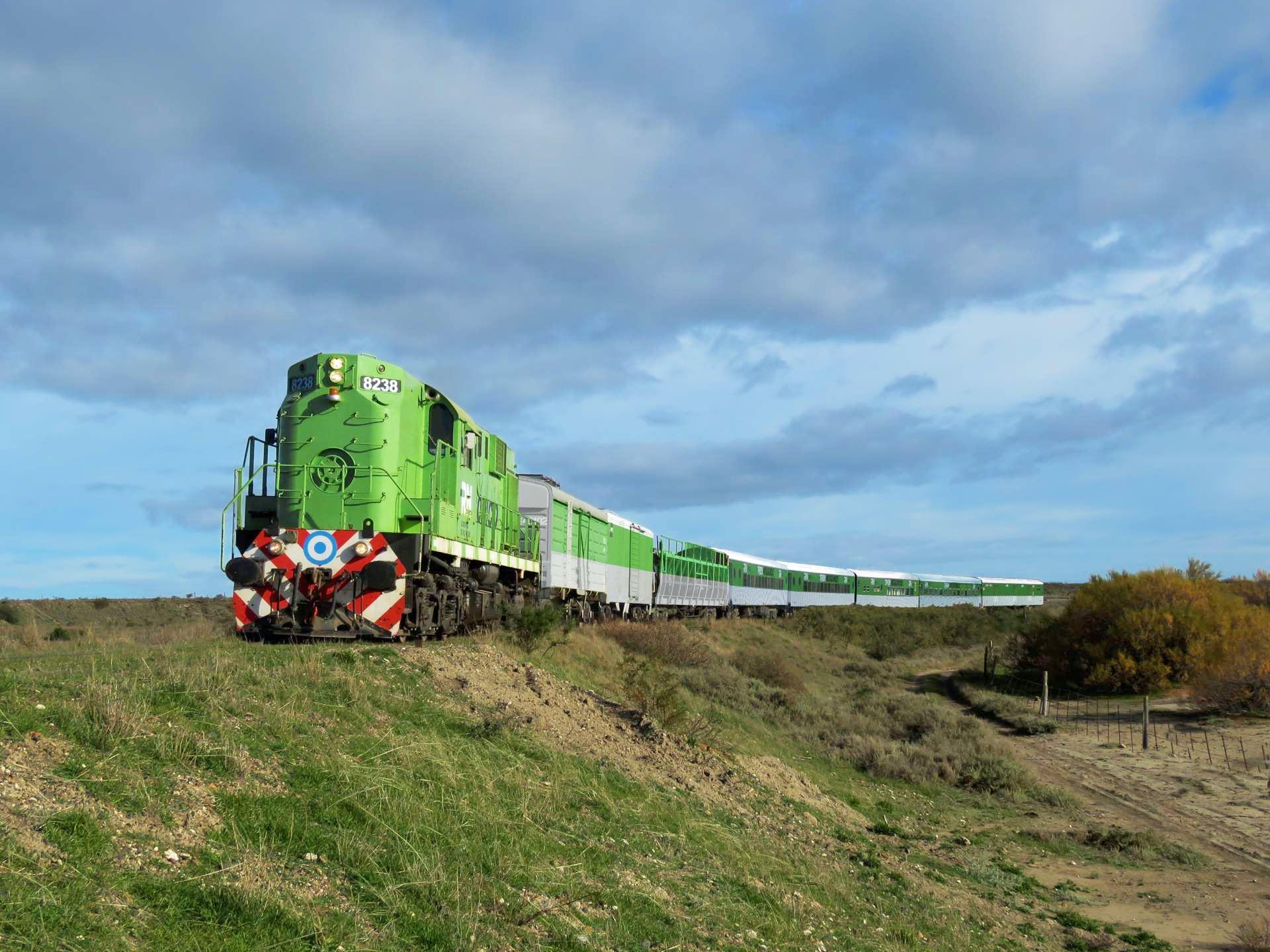 Train Viedma - Bariloche, Argentina