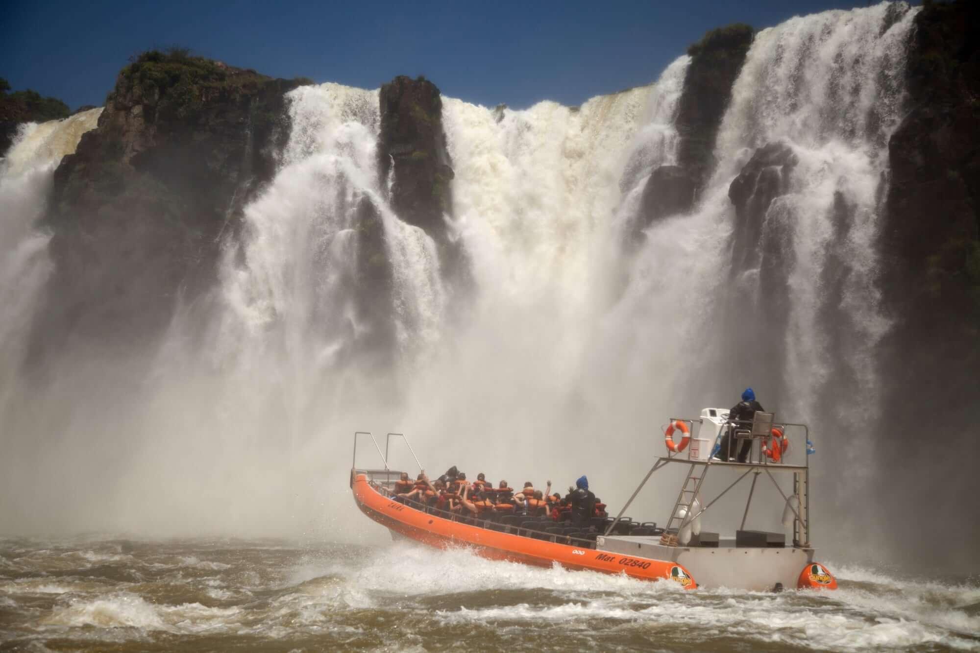 Speedboat Tour Iguazu Falls