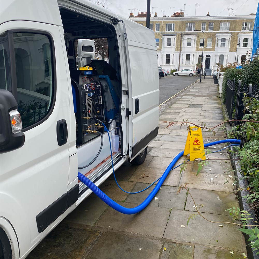 Rubix Clean carpet cleaning van in London