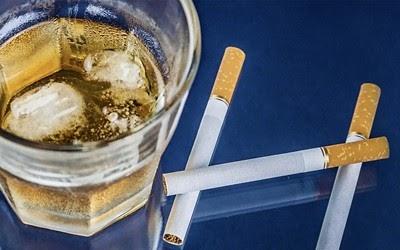 การดื่มเหล้าสูบบุหรี่ของสามีกับการตั้งครรภ์ ไฮ-แฟมิลี่คลับ