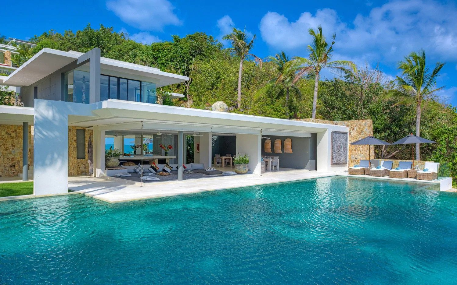 The tropical paradise with a touch of Blighty that is attracting rich British buyers