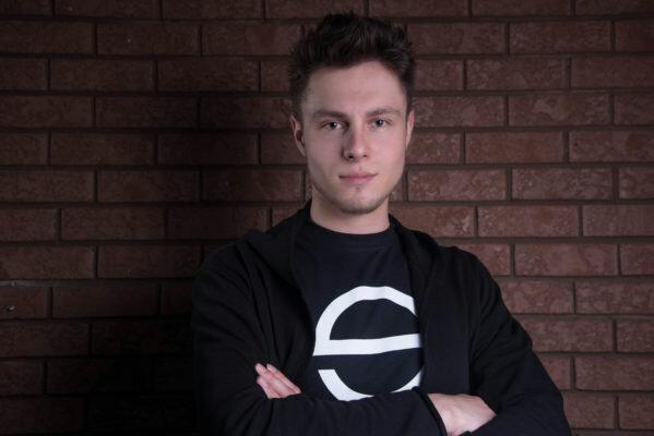 Headshot of Oleksandr Peretokin. Front End Developer
