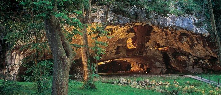 Les Grottes de Sare - Sarako lezeak