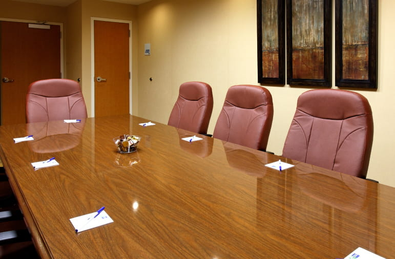 Holiday Inn Express business meeting room