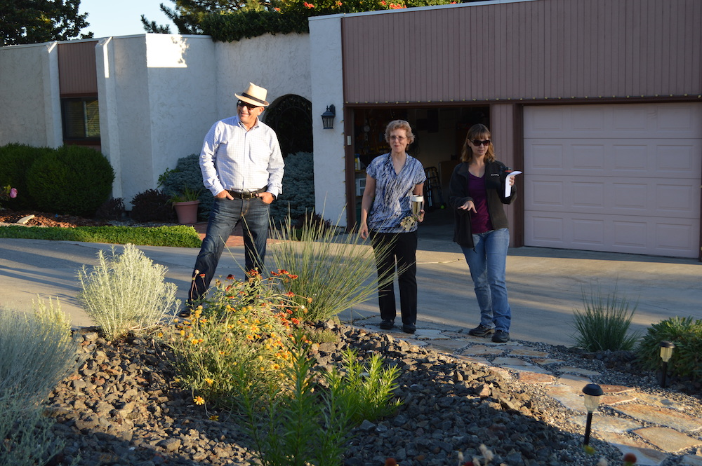 In Benton County, urban and suburban populations are growing, putting more pressure on limited water resources. BCD provides expert advice and planning assistance, to encourage use of low-water use landscaping that beautifies the property while conserving water and supporting native pollinators