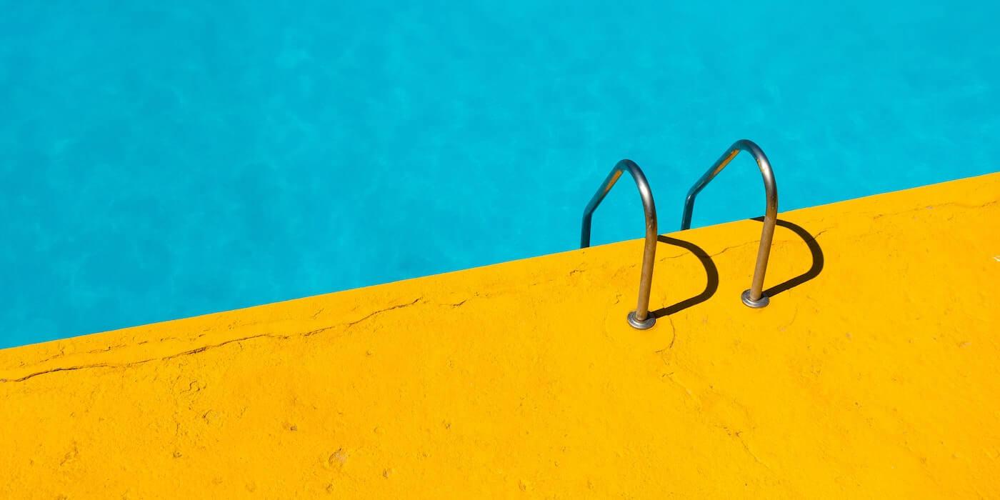 Swimmingpool | Etienne Girardet - Unsplash