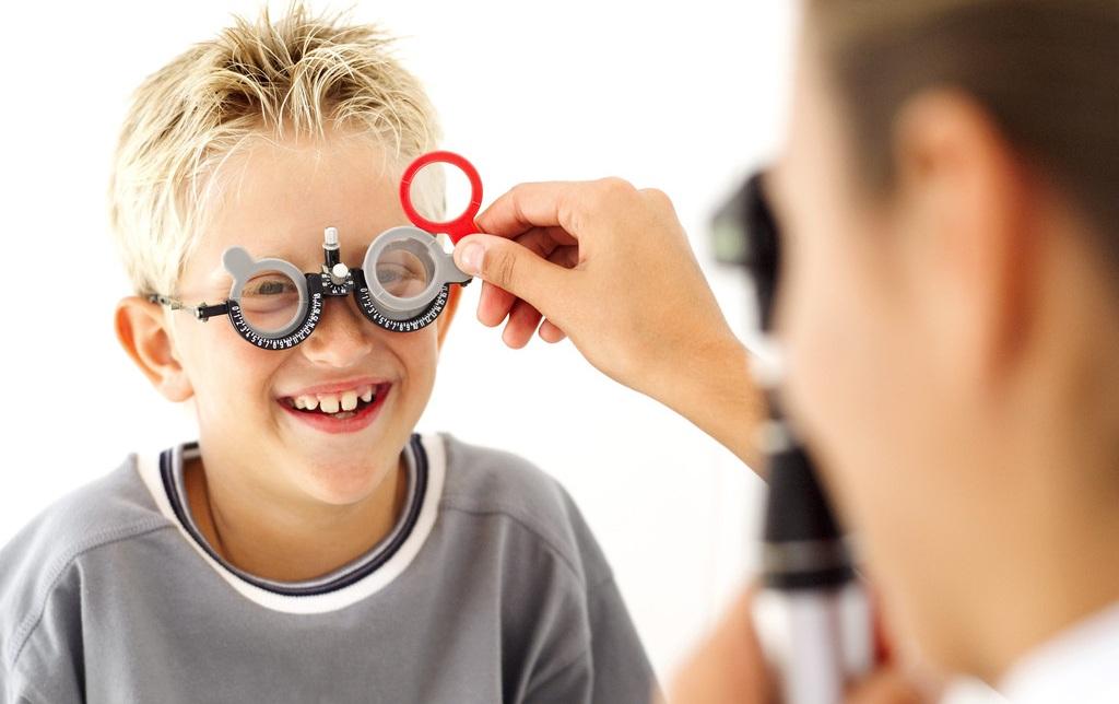 Fortschreitende Kurzsichtigkeit bei Kindern