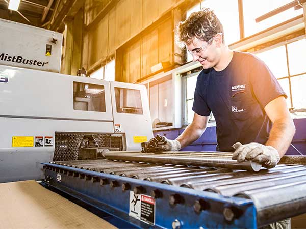 Wallace Metals - Metal Sawing Services