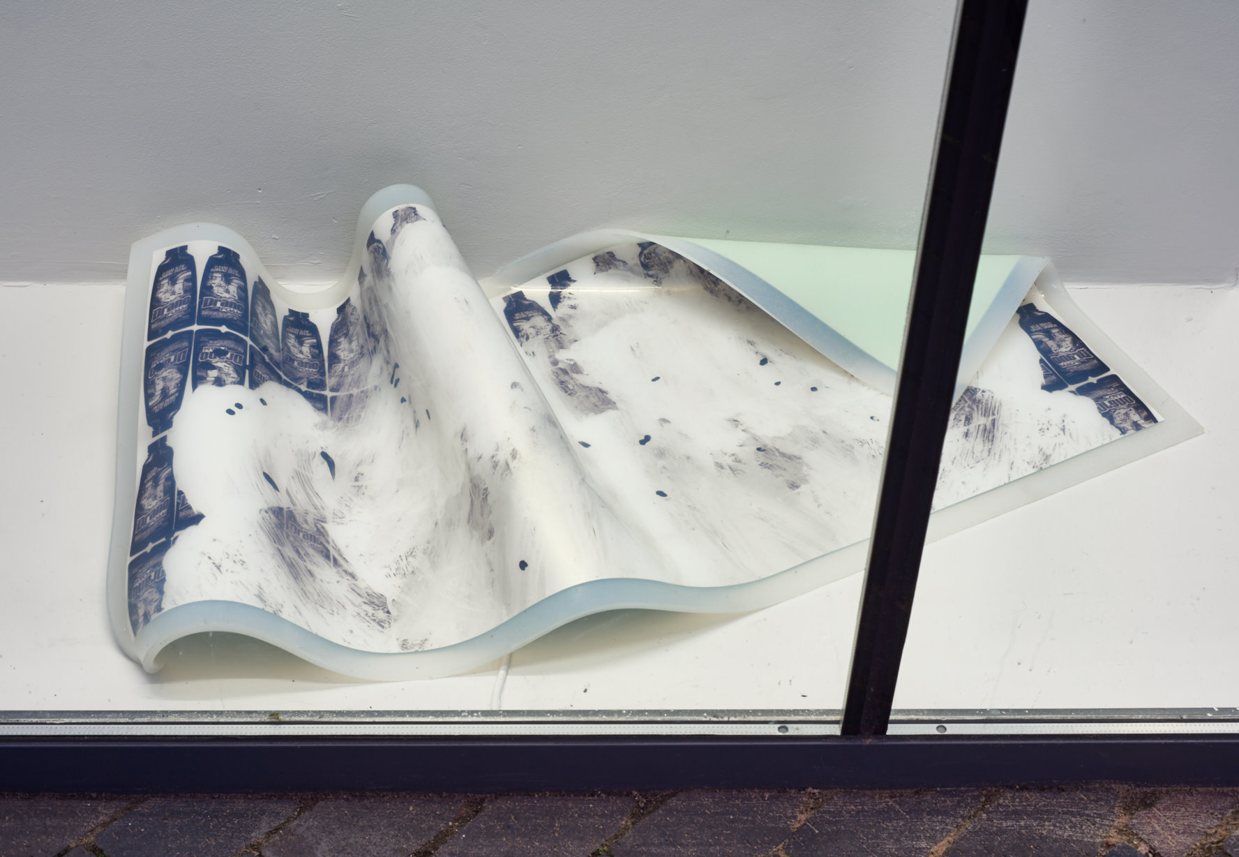 Charlie Godet Thomas, Torschlusspanik, 2015. Installation View. VITRINE, London. Photographer: Jonathan Bassett.