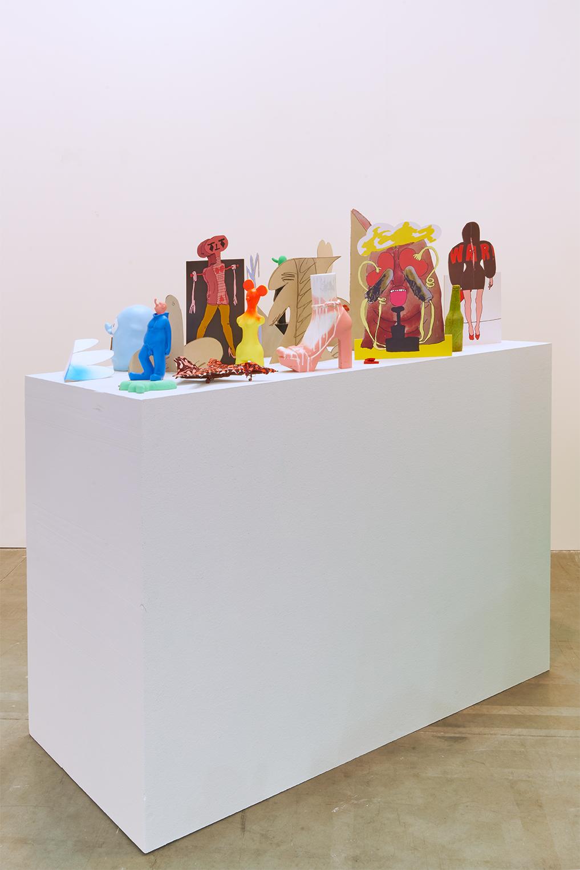 Edwin Burdis, Dry Stone PA, 2017. Cardboard, polystyrene, clay, spray paint, acrylic paint, dyed foam, resin. 70 x 150 x 150 cm.