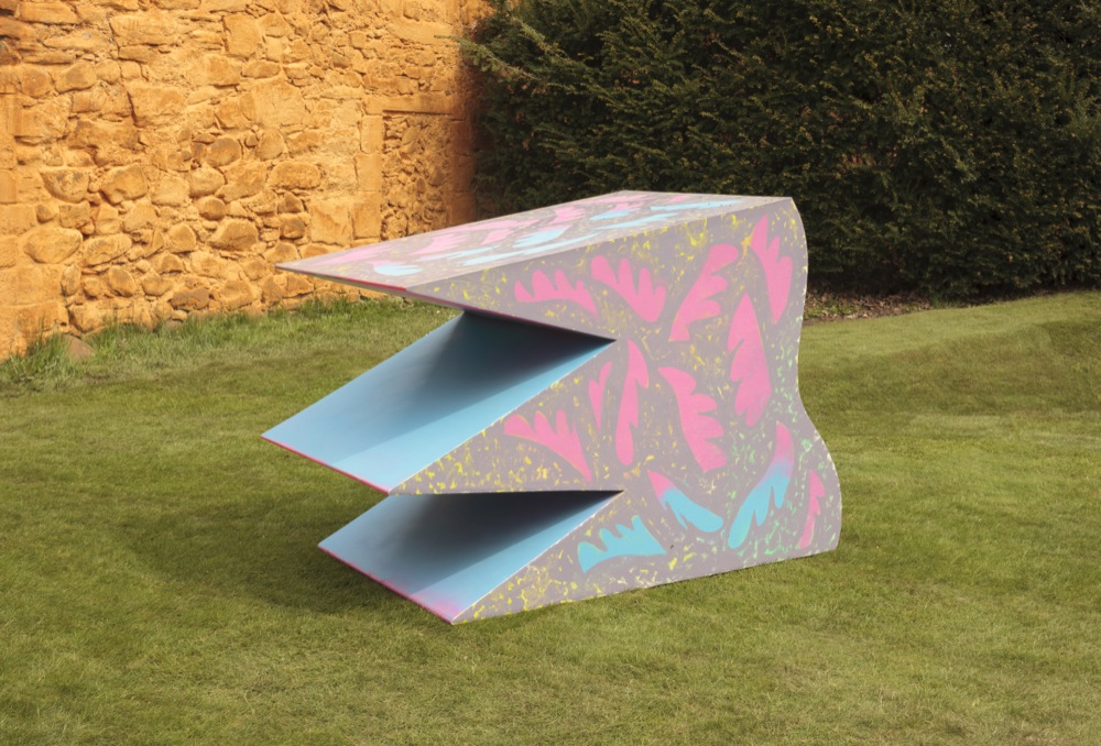 Edwin Burdis, The Band (Teeth 2), 2015. Marine, flex ply, acrylic, spray paint. 156 x 120 x 90 cm.