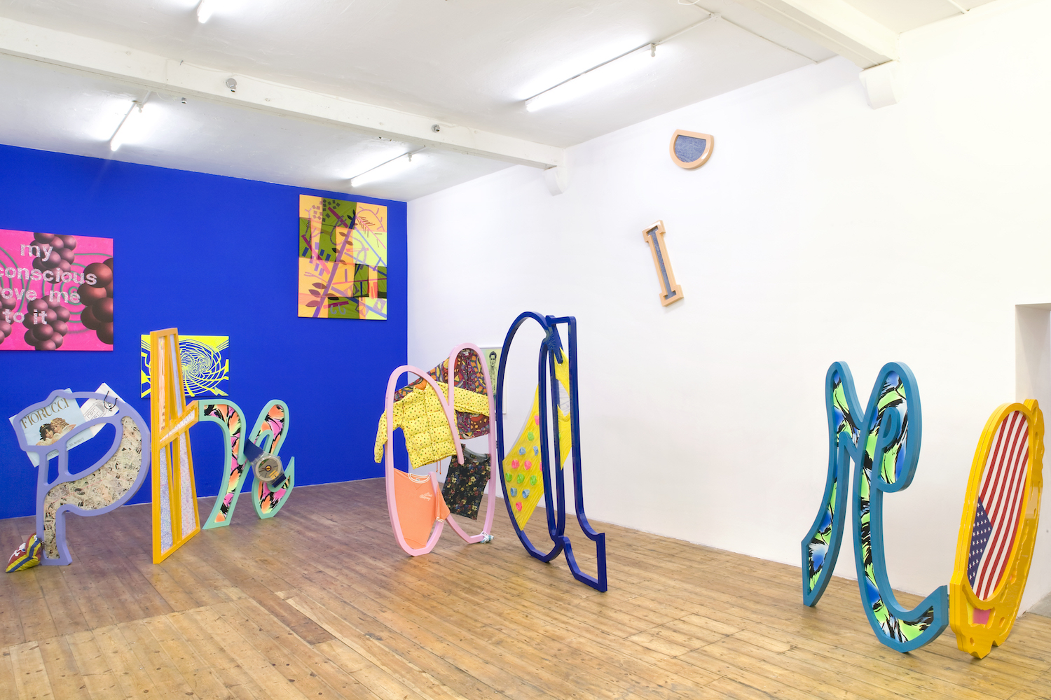 Ludovica Gioscia, Apocalypstick, 2011. Installation view. Nunnery, London, UK. Photographer: Michele Panzeri.