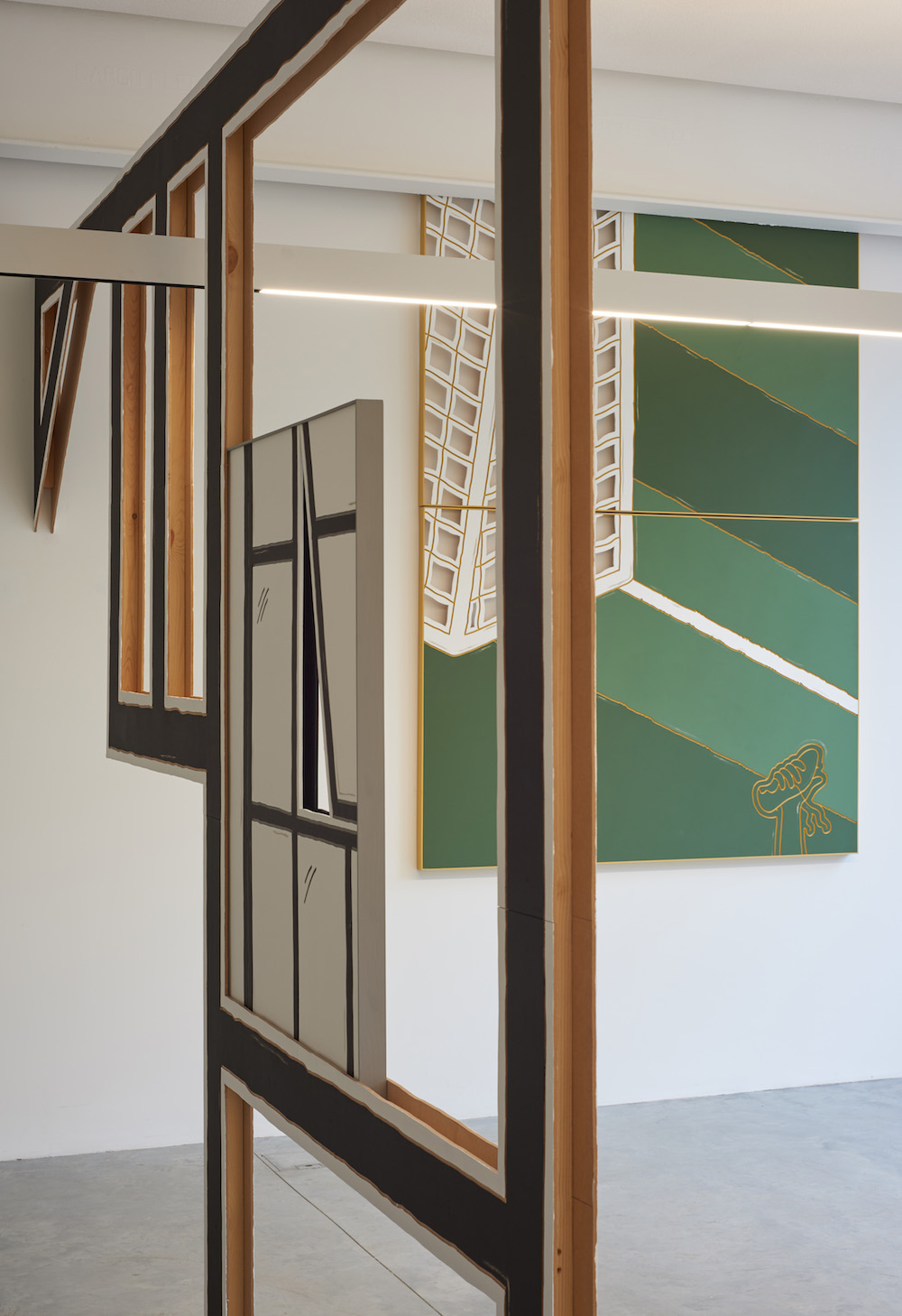 Milly Peck, LOUD KNOCK, 2017. Installation view. Matt's Gallery, London, UK.
