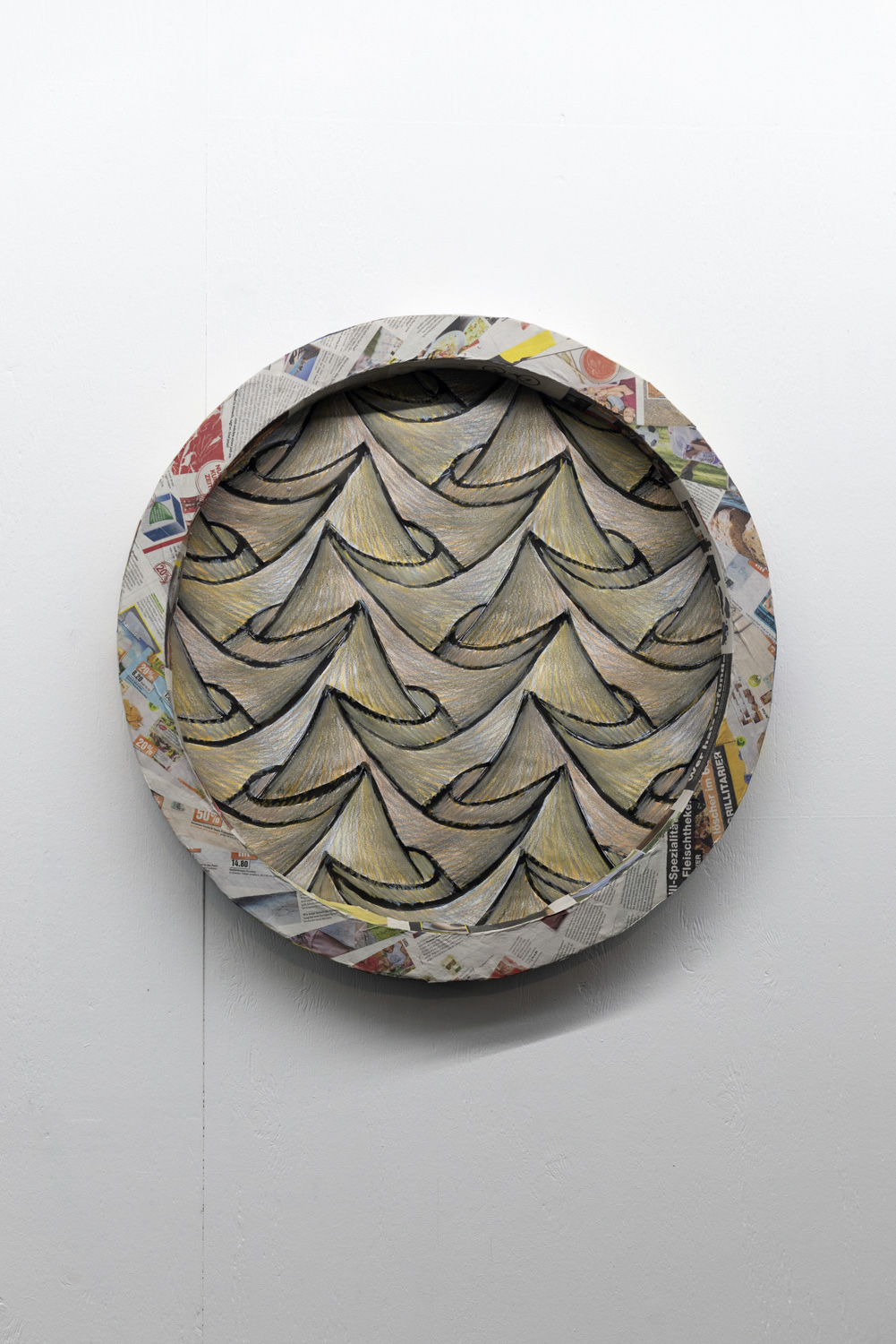 Sam Porritt, Desert, 2018. Brush, ink and wax crayon on paper. Card, plaster, papier-mâché.  82 cm (diameter) x 7.5 cm. Photographer Nici Jost.