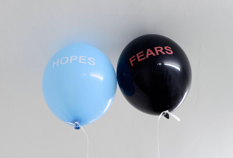 Sam Porritt, Untitled (Hopes and Fears), 2016. Two balloons, helium, keys, thread. Dimensions variable.