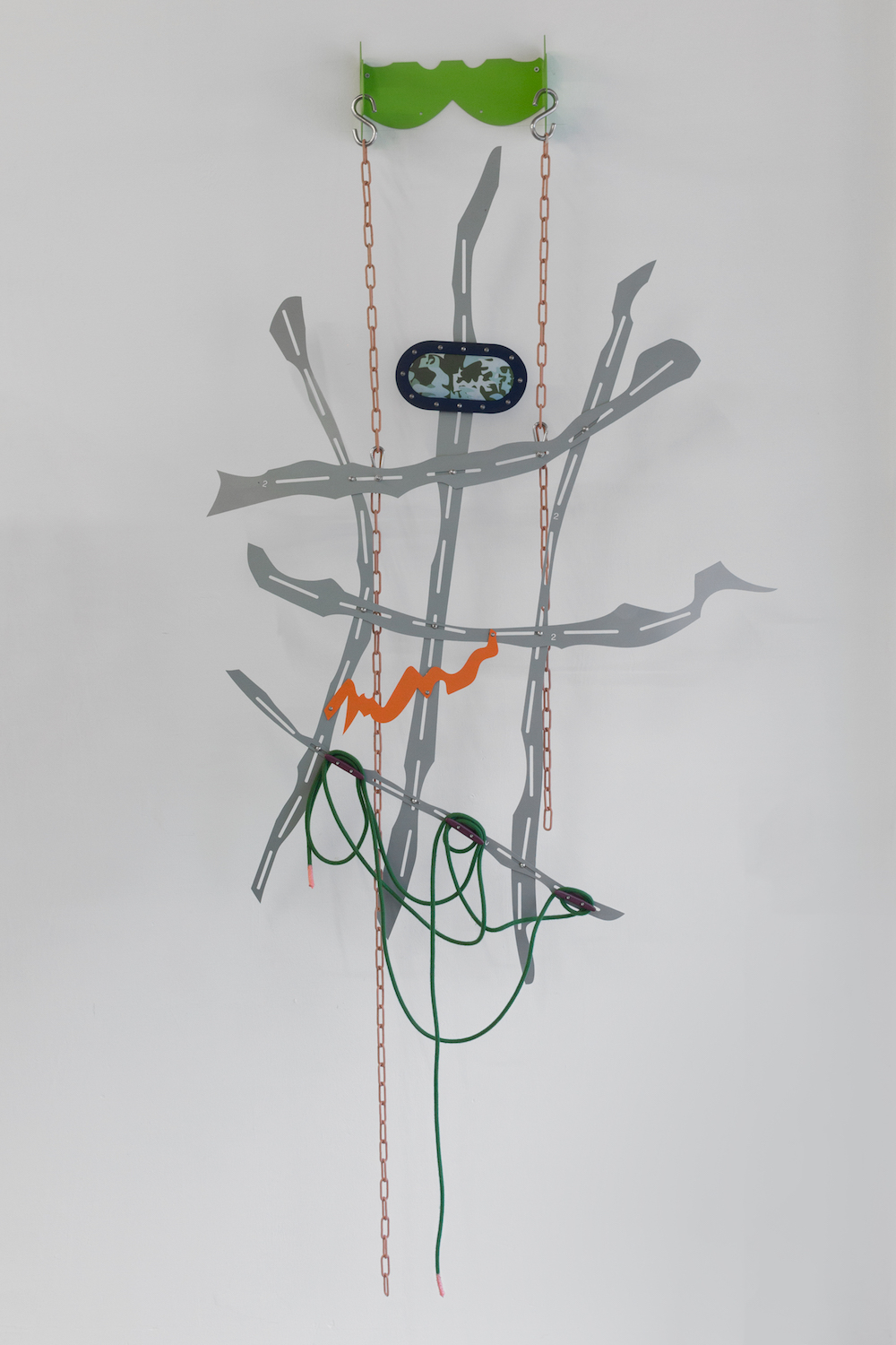 Hanae Wilke, Wind Flower, 2018. Steel, digitally printed fabric, plastic, powder coated steel chain, rope, silicone rubber, aerosol paint. 152 x 93 x 18.5 cm.