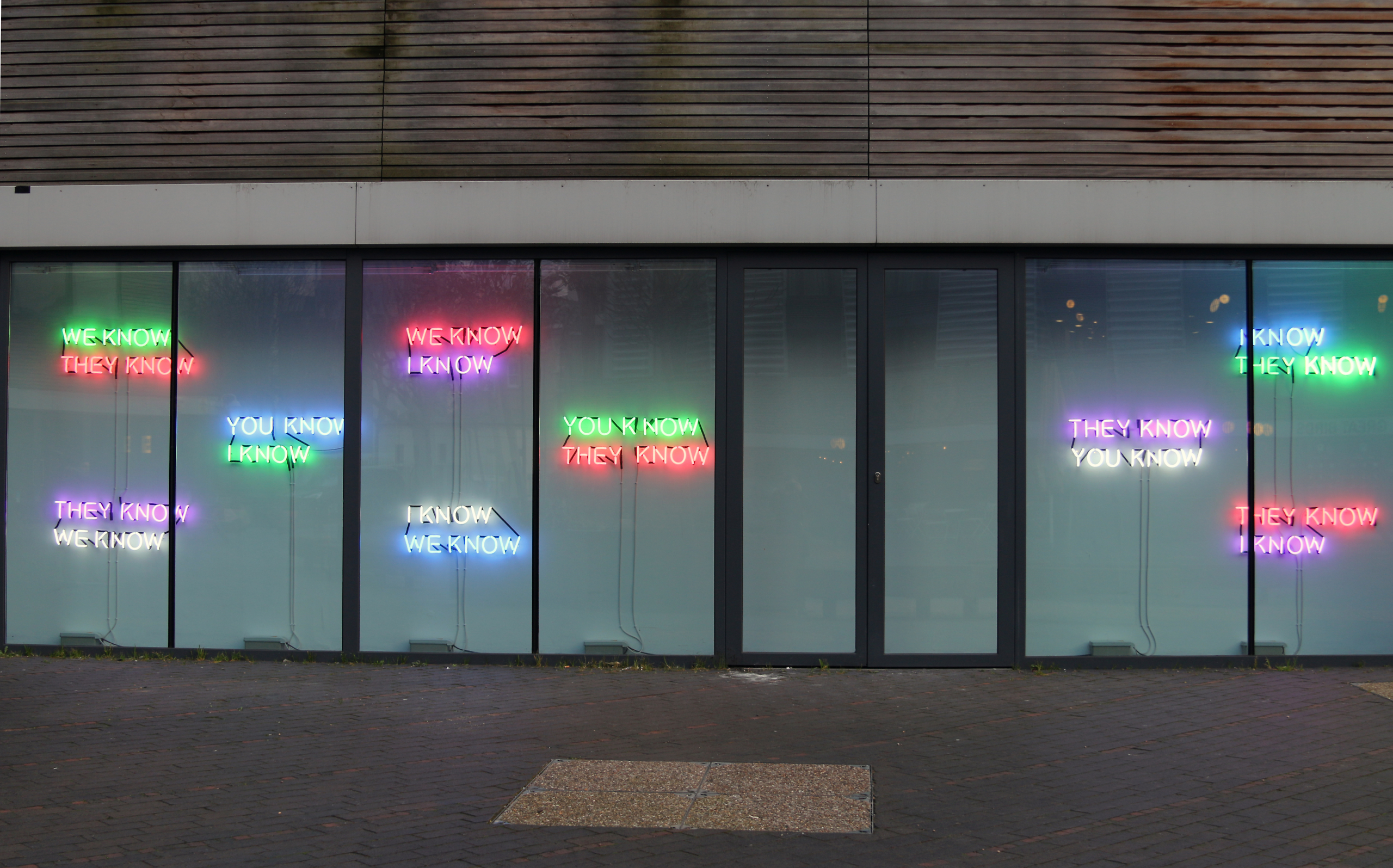 Tim Etchells, Who Knows, 2014. Installation view. VITRINE, London (Bermondsey Square).