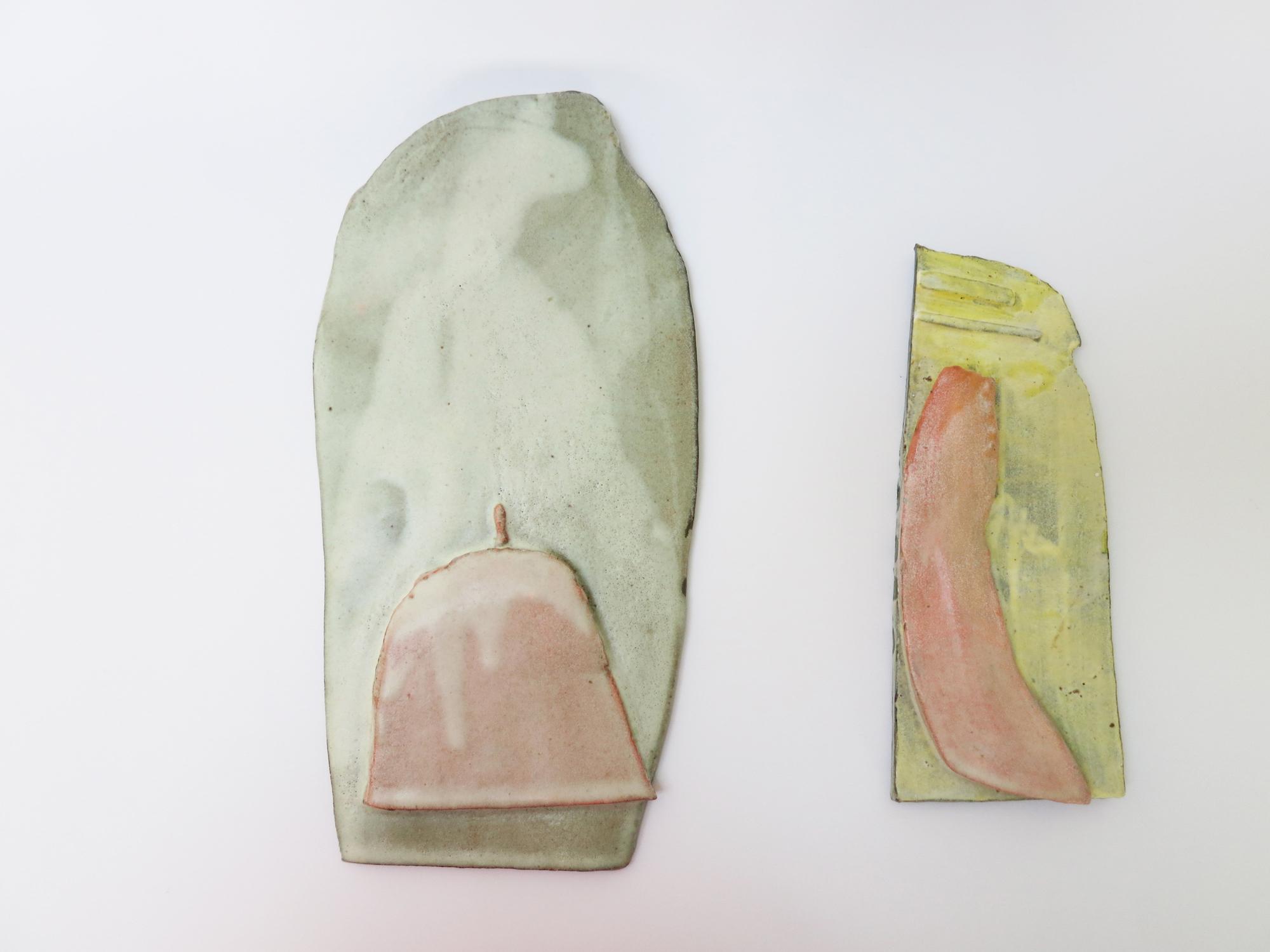 Sara Gassmann, SCHWARTE I, 2016. Glazed ceramic. 22 x 15.5 x 9 cm.