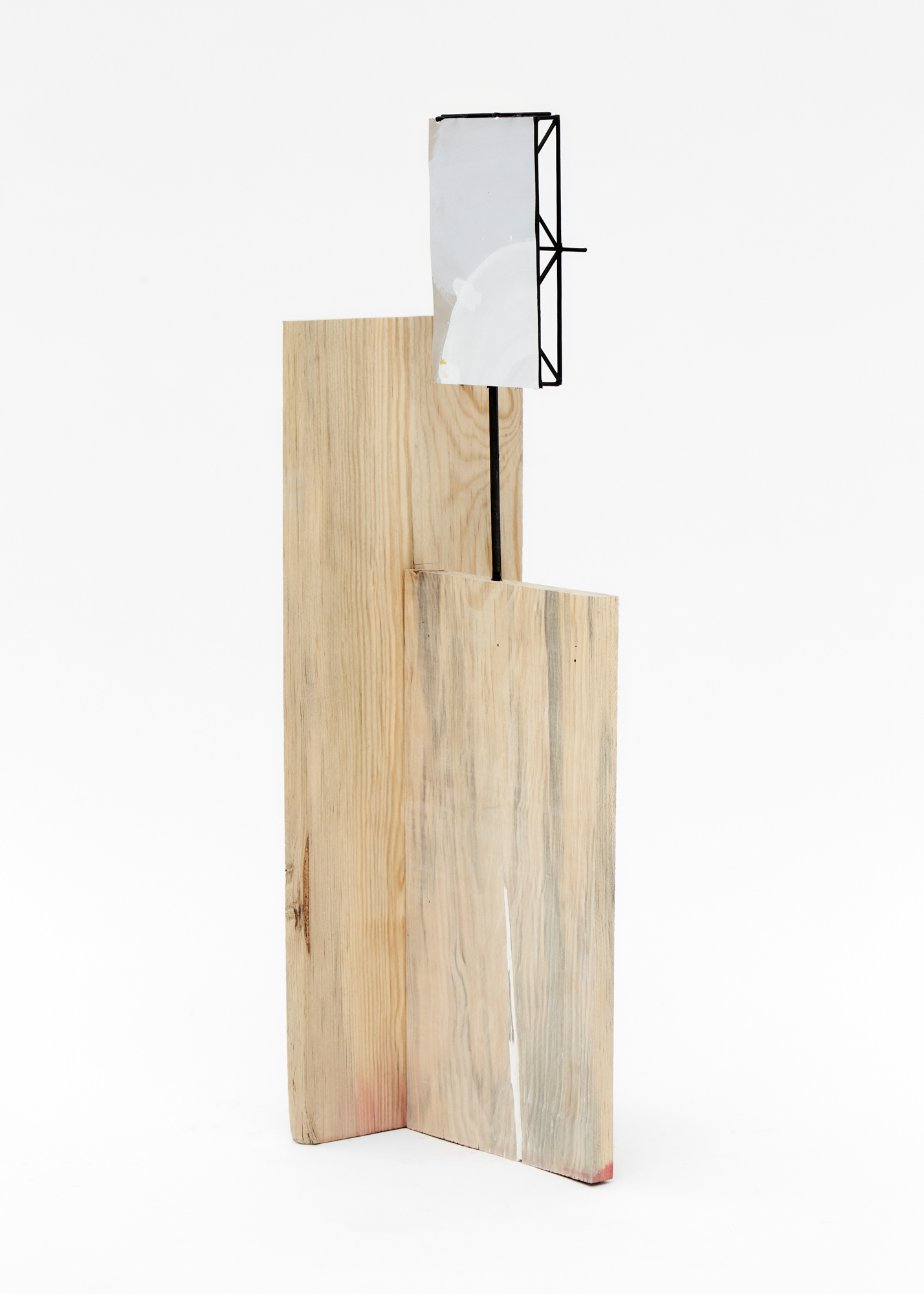 Charlie Godet Thomas, Rooftop Poem (Sow), 2020. Wood, cut section of paper palette, wooden dowels, plastic, screws, glue, acrylic paint. 69 x 21 x 19 cm.