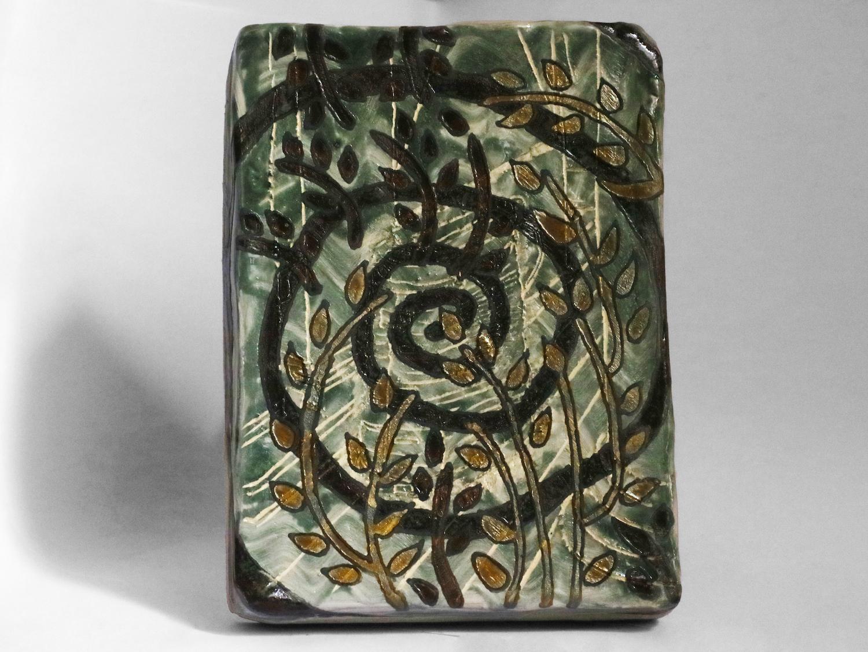 Kara Chin, Dehumidifier, 2020. Glazed ceramic. 16 x 12 x 1 cm.