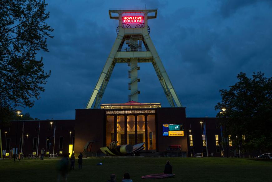 Tim Etchells, How Love Could Be, 2014. Installation view. Das Detroit-Projekt, Bochum, DE. Photographer: Michael Kneffel.