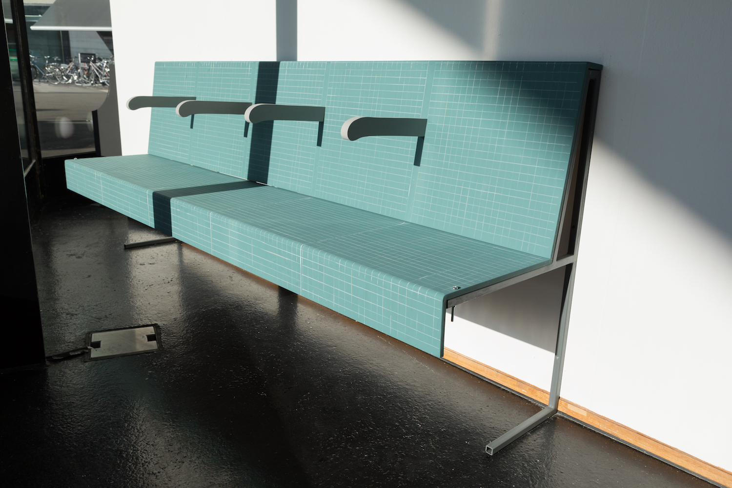 Milly Peck, Moquette, 2020. Emulsion on wood, painted steel, coloured pencil, bolts. 91 x 225 x 53 cm.