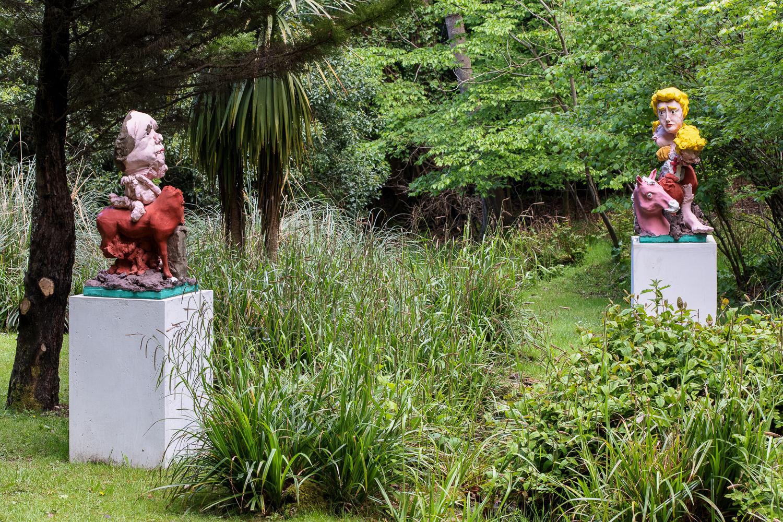 Jamie Fitzpatrick, Outdoor sculpture, 2021. Installation view. Contemporary Sculpture Fulmer, UK. Photographer: Rob Harris.