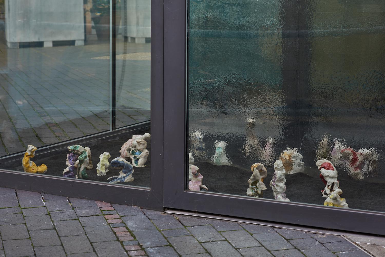 Sophie Jung, The Hindsighters' Children, 2021. Installation view. VITRINE, London. Photographer: Jonathan Bassett.