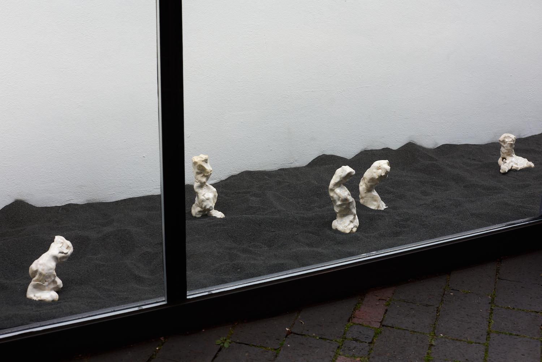 Sophie Jung, The Hindsighters' Children - Shameshifters, 2021. 7 glazed ceramics. Dimensions variable. Unique. Photographer: Jonathan Bassett.