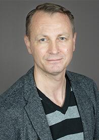 Porträtbild des Berliner Pflege-Standortleiters Thomas Brandenstein